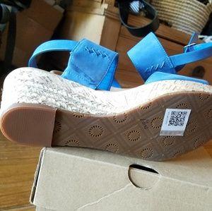 UGG Shoes - Ugg wedge